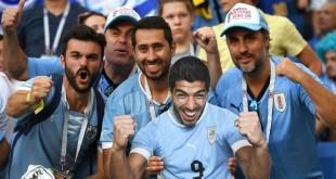 uruguay-fans.vresize.1200.630.high_.74.jpg