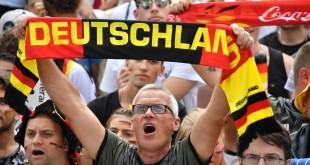 636662224002593683-German-anthem.JPG