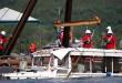 fc2f290e-77b8-4bb2-8c47-0ed4756e4ae4-Duck_boat_at_the_surface_2.jpg